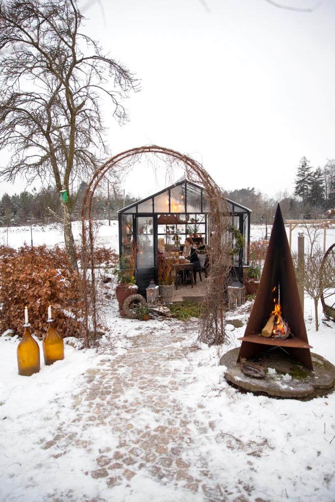 Vinter växthus på mur
